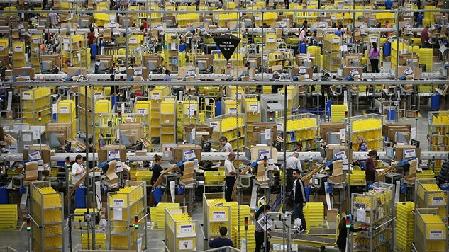 7 Examples of How Amazon Treats Their 90,000+ Warehouse Employees Like Cattle