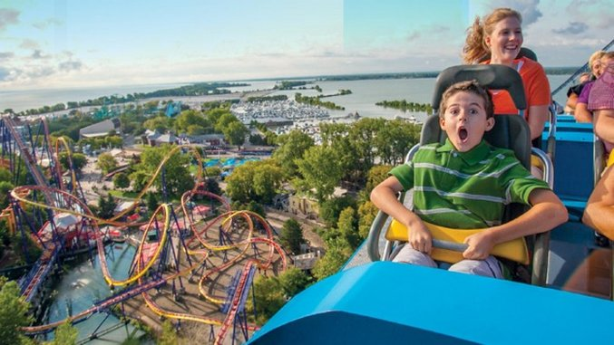 Off The Grid: America's Best Amusement Parks