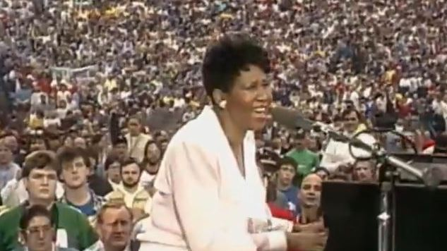 "Watch Aretha Franklin Sing ""America the Beautiful"" at WrestleMania III"