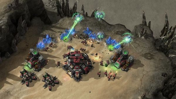 starcraft_2_heart_of_swarm_3.jpg