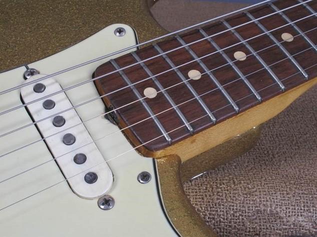 Dylan Guitar 15.jpg