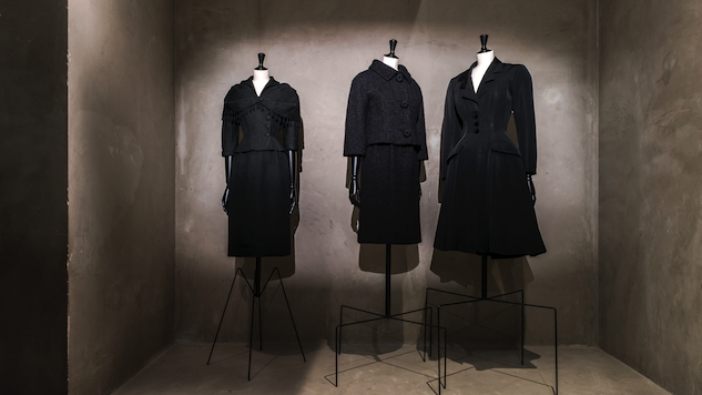 Take a Visual Tour of Balenciaga's All-Noir Haute Couture Exhibition in Paris