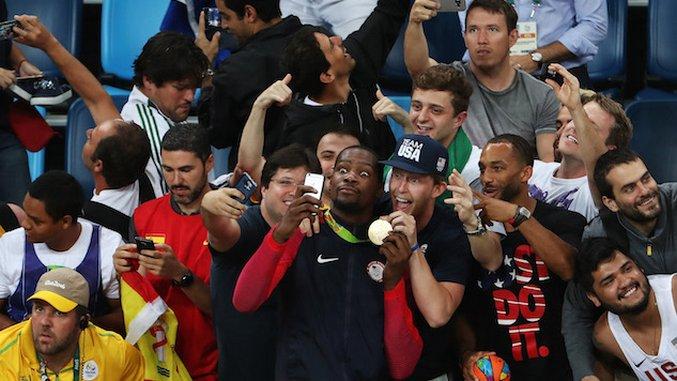 Brazilian Fans Were Caught Between Loyalties During Rio 2016 Basketball