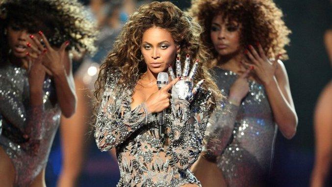 7 Flawless Beyoncé Photos, Retirement Facts