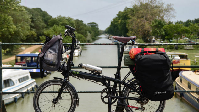 All The Gadgets and Gear You Need for the Perfect Bike Camping Trip