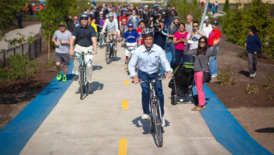The Bucket List: 7 Bike Routes to Explore Chicago