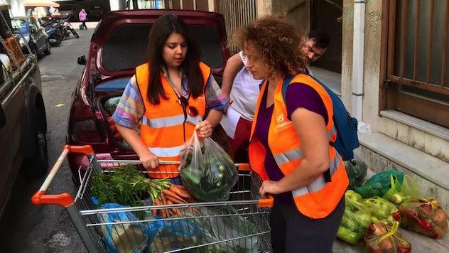 How a Local NGO Works to Feed Greece's Hungry