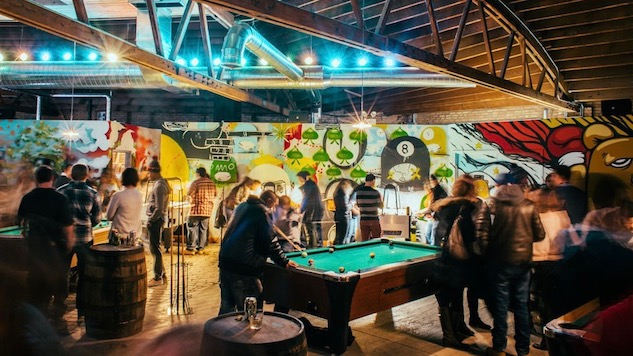 8 Can't-Miss Hipster Bars in Chicago