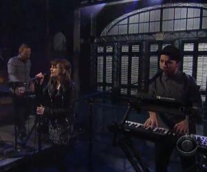 Chvrches Appear on Letterman, Announce Tour