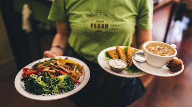 6 Venues that Vibe on Vegan Soul Food