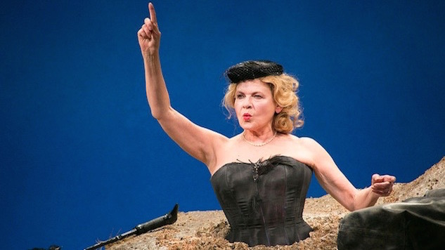 Dianne Wiest Takes on Beckett in <i>Happy Days</i>
