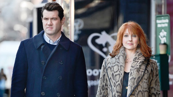 <i>Difficult People</i> Review: &#8220;The Courage of a Soldier&#8221; (1.04)