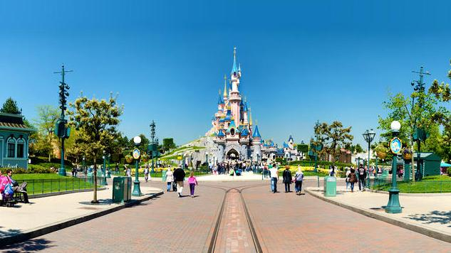 The Unique Attractions of Disneyland Paris: Parc Disneyland