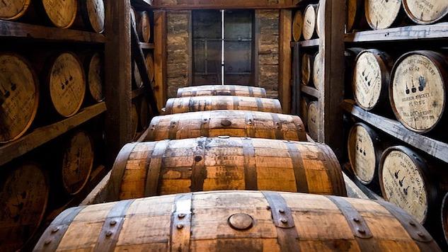 distillery-barrels-591602_640.jpg