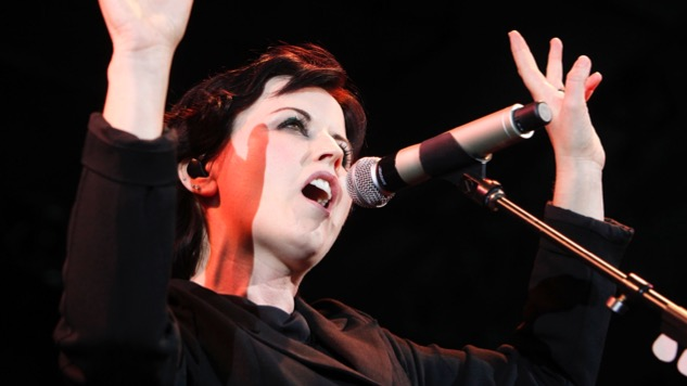 "Watch Dolores O'Riordan Address the Powerful Meaning Behind ""Zombie"" in 1994"