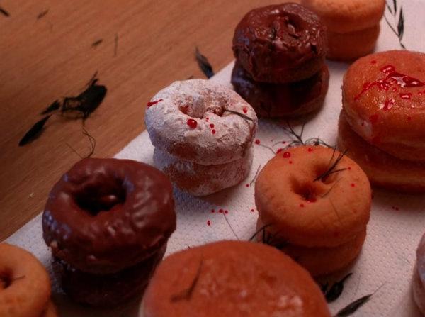 donuts_twinpeaks_S1E7.jpg
