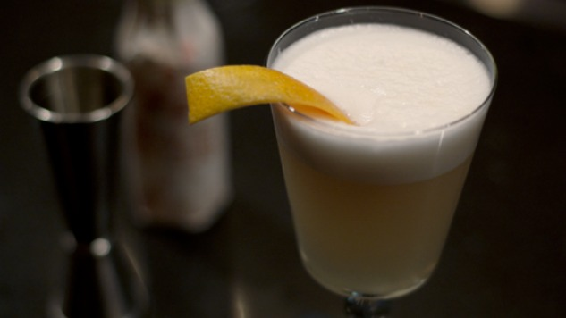 5 Cocktails That Will Have You Raising A Glass To The Egg!