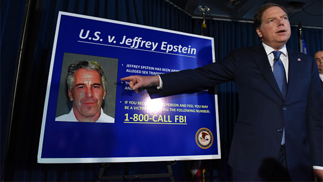 Pathologist Hired by Epstein Family Says Convicted Sex Trafficker's Body Showed Signs of Homicide