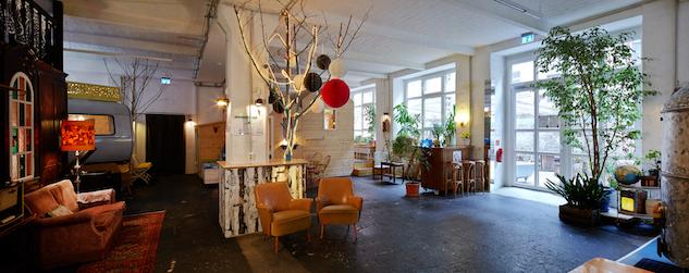 84a7f8e874 Hotel Intel Hüttenpalast  Camping in Berlin