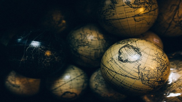 Decorated Globes Perfect for Vacation-Dreaming