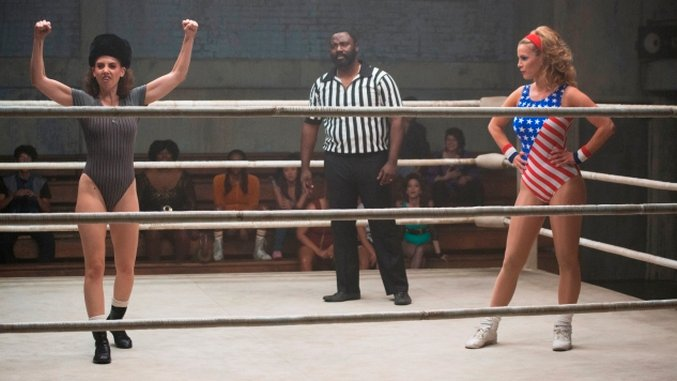 Netflix's <i>GLOW</i> Respects Its Characters and Pro Wrestling