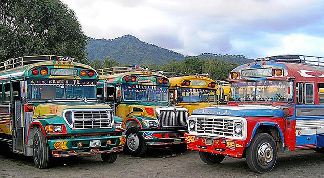 guatemala_chicken_bus_roaming_the_planet.jpg