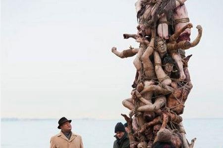 hannibal-gruesomelist-HumanTotemPole.jpg