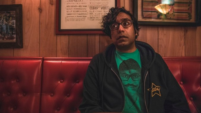Hari Kondabolu Doesn't Forget the Big Stuff