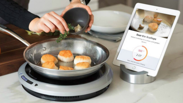 The Hestan Cue Smart Cooking System Wants to Take the Guesswork out of Cooking