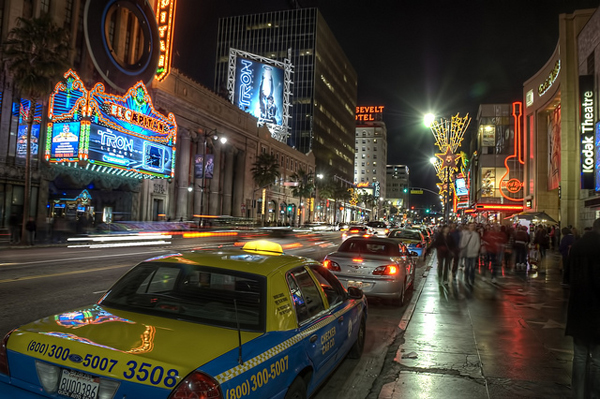 hollywood-boulevard-los-angeles.jpg