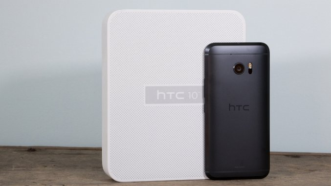 HTC 10 Hands-on: Not Going Down Without a Fight