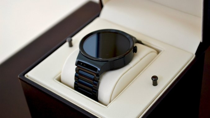 Huawei Watch Review: A Beauty with (Some) Brains