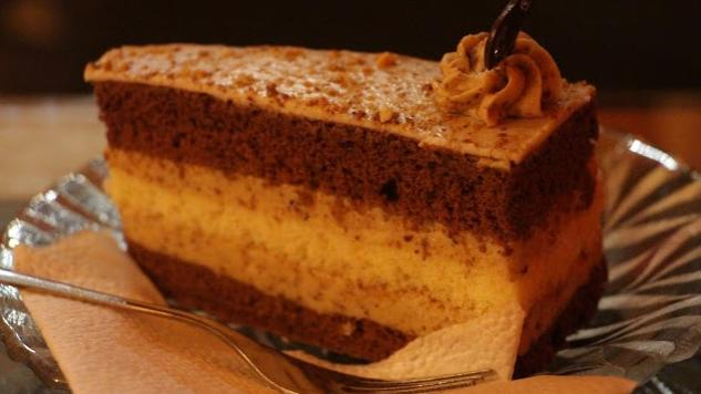Top 5 Pastries to Try in Budapest