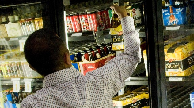 One Sunday alcohol sales bill takes a step forward