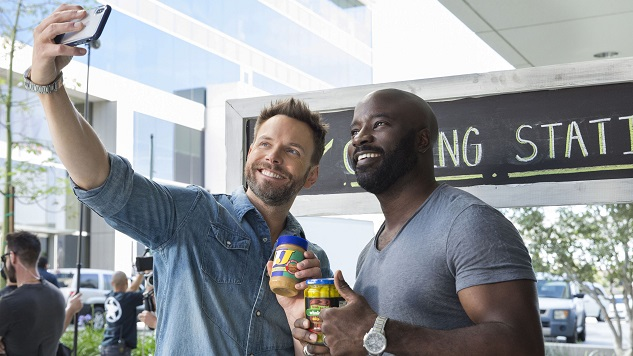 <i>The Joel McHale Show</i> Suffers from Its Insistence on Formula