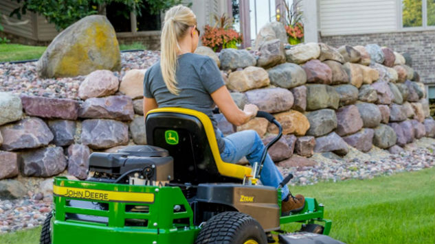 I Used This John Deere App While Mowing My Lawn and It Actually Helped