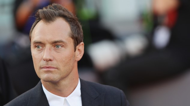 Jude Law Will Play a Young Dumbledore in <i>Fantastic Beasts</i> Sequel