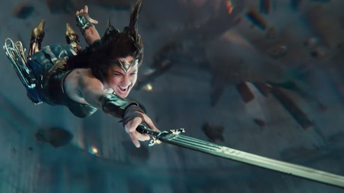 DCEU Slate, <i>Aquaman</i> Footage, <i>The Batman</i> News and <i>Justice League</i> Trailer at Comic-Con