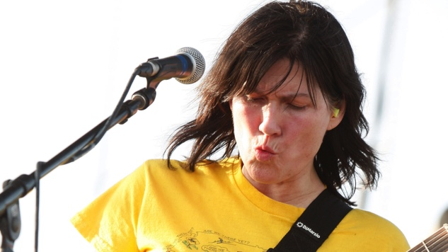 Yes, The Breeders Will Have a New Album in 2018