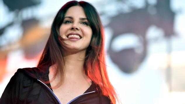 """Lana Del Rey's <i>Lust for Life</i> Leaks, Singer Calls Leakers """"Little Fuckers"""""""
