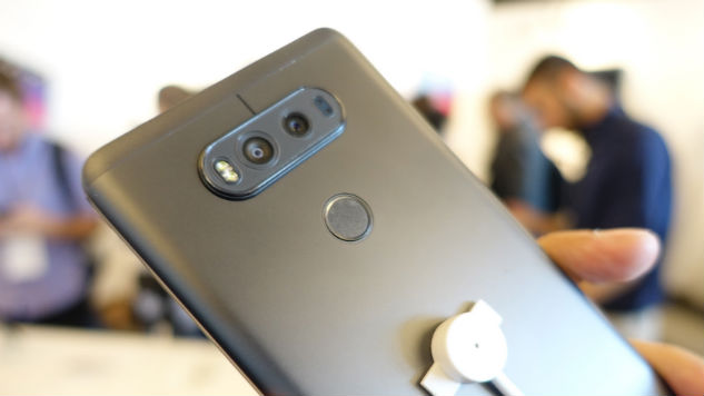 LG V20 Hands On: Say Hello to the Quad-Cam