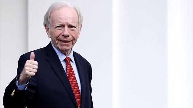 Joe Lieberman Is Everything That's Wrong With Washington