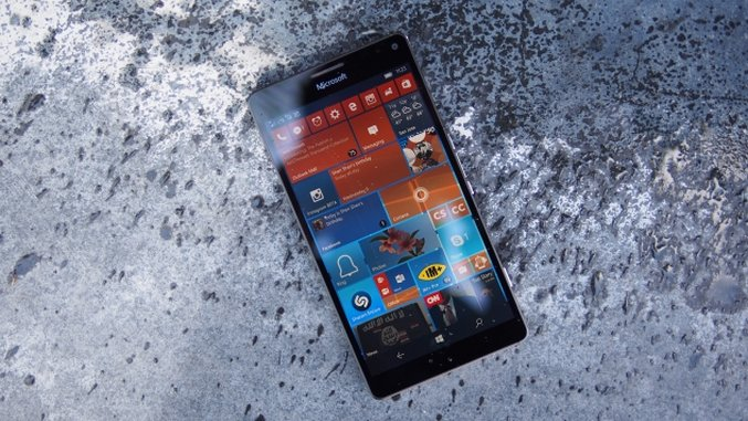 Microsoft Lumia 950 XL Review: Can a Phone Replace Your PC?