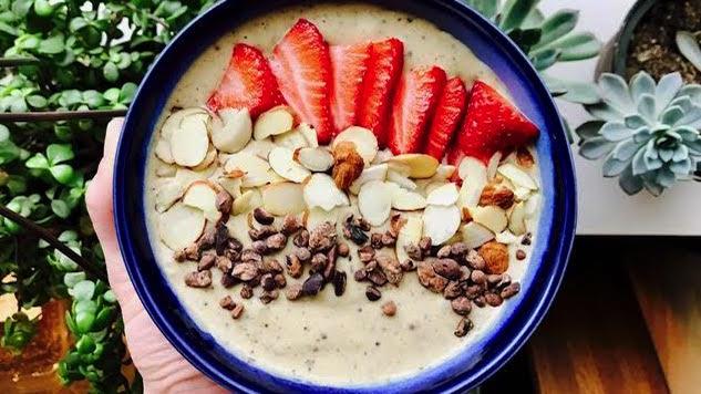 Recipe for Fitness: Maca Smoothie Bowl