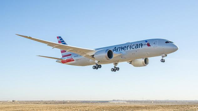 American Airlines First Officer Dies During Landing