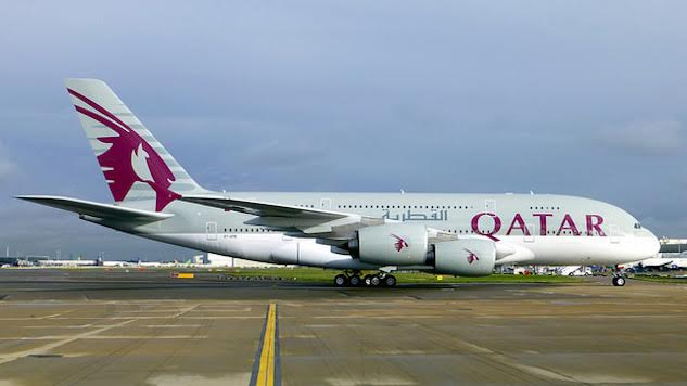 Qatar Airways Offers Free Laptops in Response to Electronics Ban