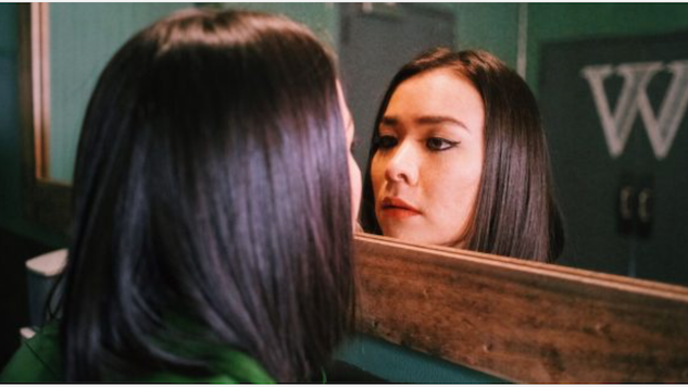 "Mitski Announces Her ""Last Show Indefinitely,"" with Lucy Dacus"