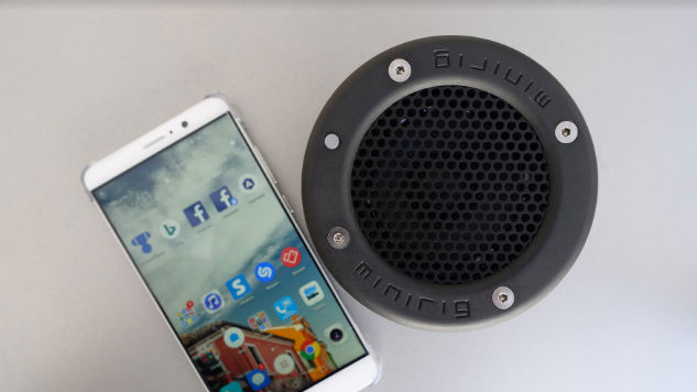 Bluetooth Minirig Portable Speaker Review: Big Sound in a Small Frame