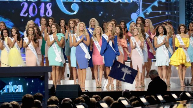 The Funniest Tweets about Miss America Dropping the Swimsuit Competition