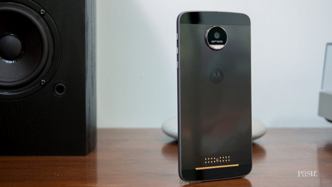 Moto Z Hands-on Impressions: Droid Does Modular